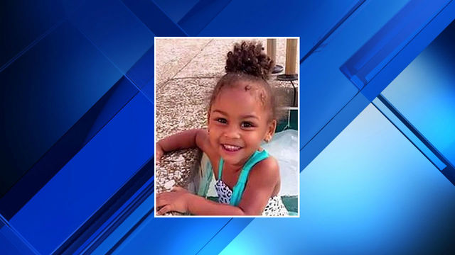 Mia 2-year-old killed by car