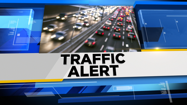 NB Lodge Freeway closed at 7 Mile in Detroit due to crash