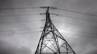 Michigan State Police urges residents to prepare for power outages Sunday