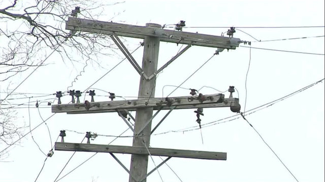 DTE: 30,000 customers without power after storms in Metro Detroit