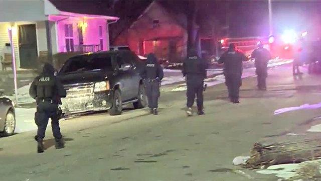 Detroit police officers shot on west side