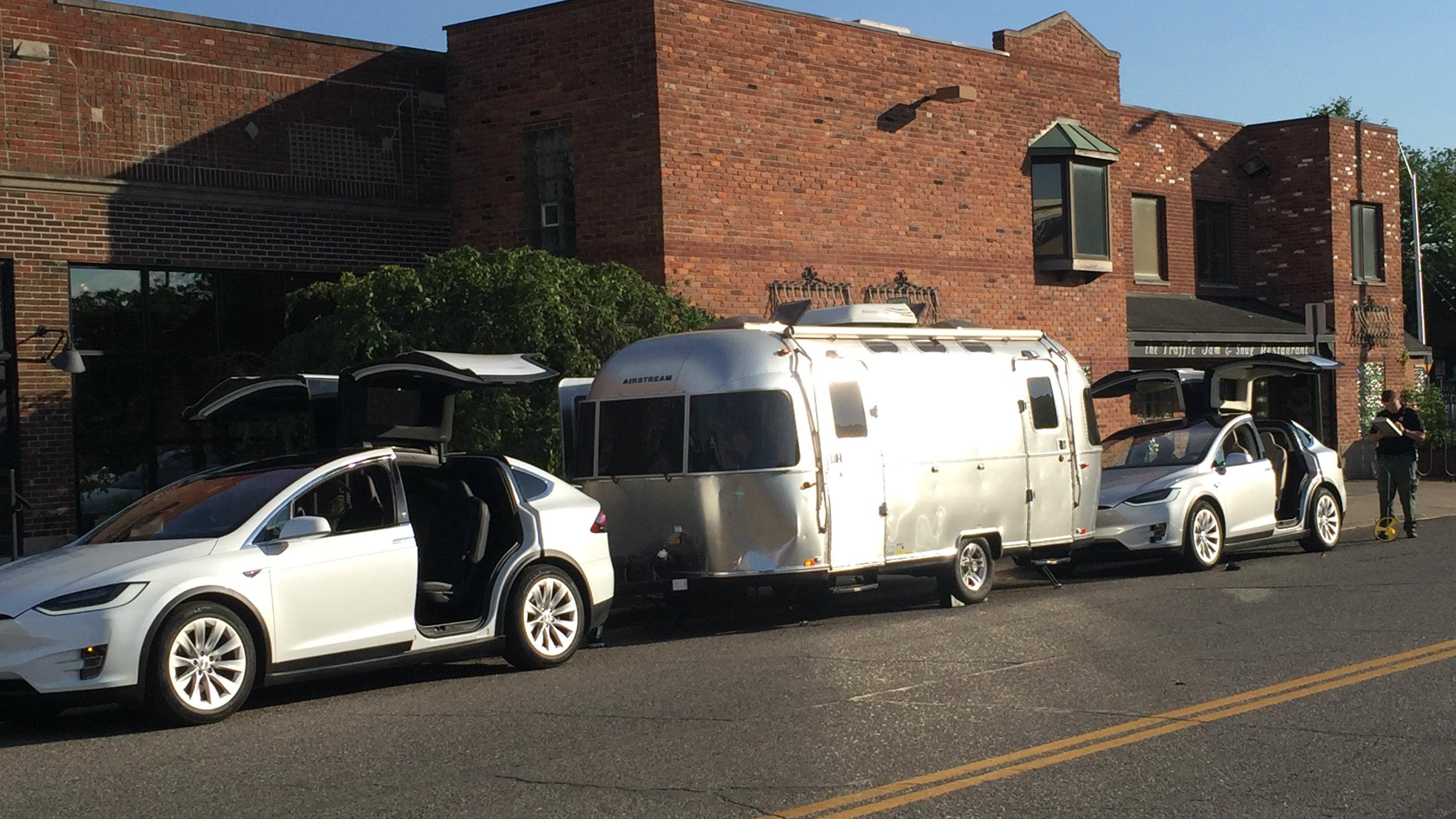3 pedestrians hit by truck in Midtown Detroit