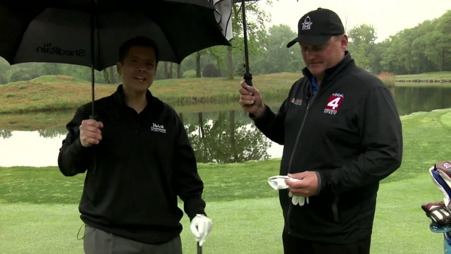 On the course with Krause: Tips for golfing in the rain