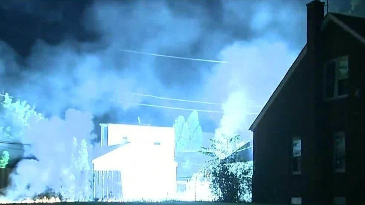 Tom Bush Vw >> Downed transformer sparks multiple fires on Detroit's east...