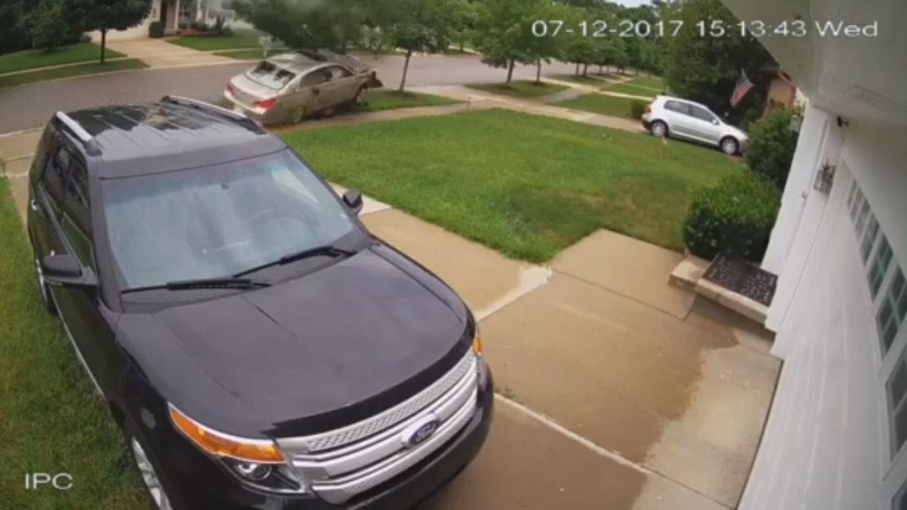 VIDEO: Speeding stolen car crashes, barrels through tree,...