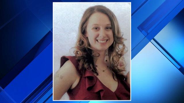 Danielle Stislicki red dress missing person report