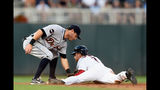 Twins hold on to beat Tigers, 6-5