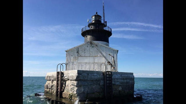 4 historic michigan lighthouses listed for sale detroit river lights 21501084618015g sciox Image collections