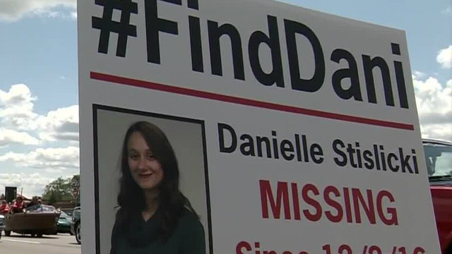 Group searching for Danielle Stislicki joins ride to end suicide20170819223233.jpg