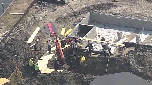 2 workers trapped in trench in Chesterfield Township