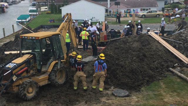 Trench rescue Chesterfield Township 2