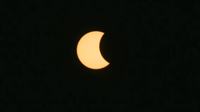 eclipse in detroit 140_1503337269298.jpg