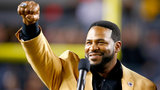 Detroit's Jerome 'The Bus' Bettis uses football fame to steer kids away&hellip&#x3b;