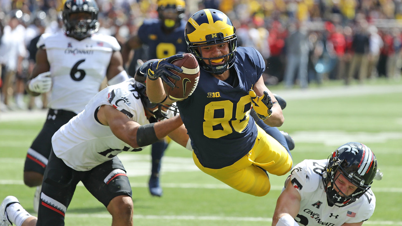 Michigan Football S Grant Perry Playing Valuable Role After