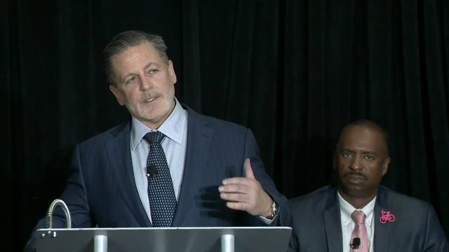 Dan Gilbert jobs to Detroit announcement_1505918853311.jpg