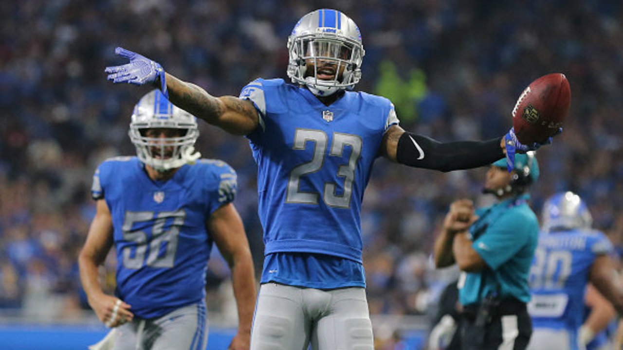 Detroit Lions corner Darius Slay says he thinks the Earth is flat