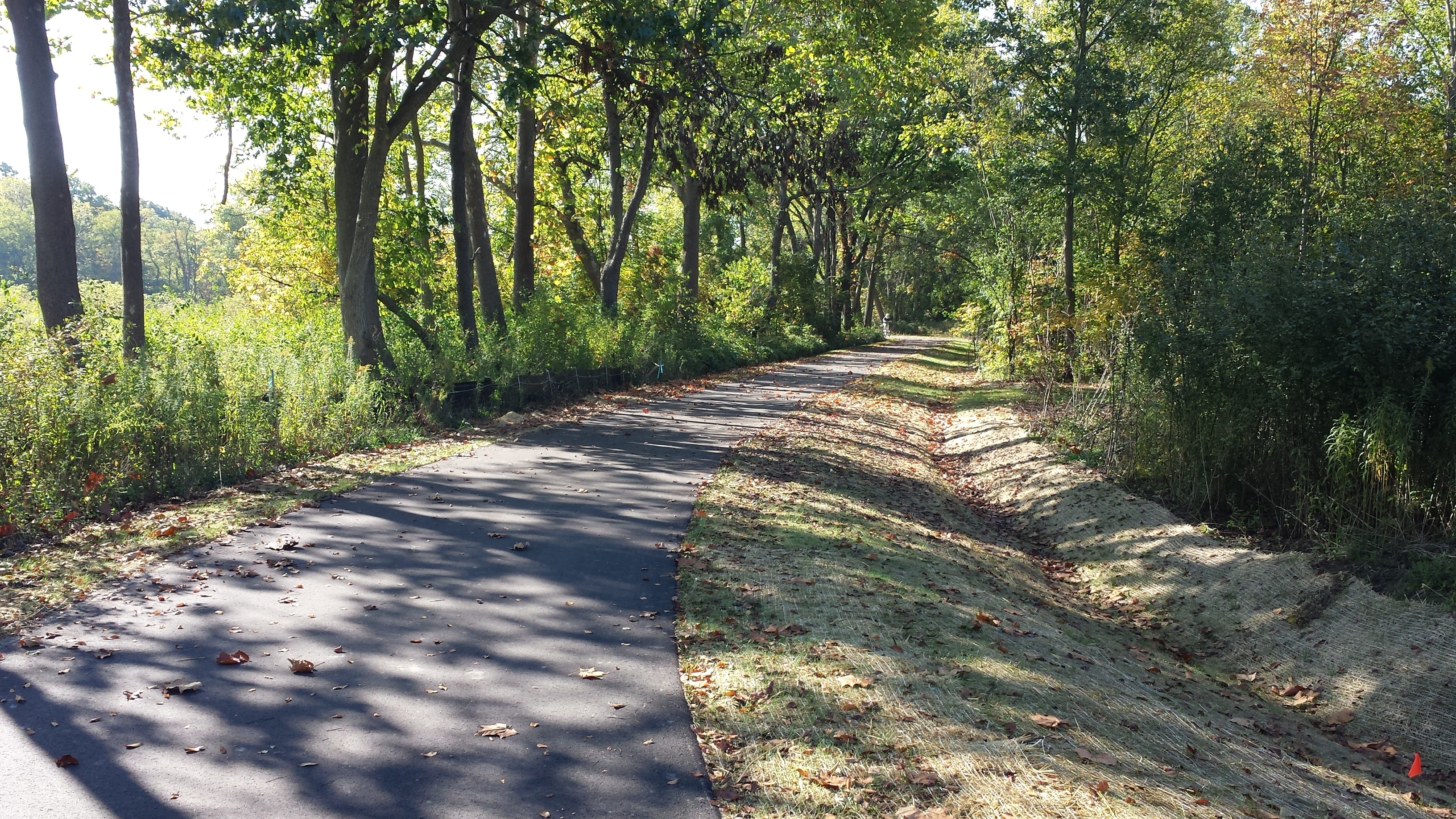 two mile hiking biking trail in ann arbor opens to public on. Black Bedroom Furniture Sets. Home Design Ideas