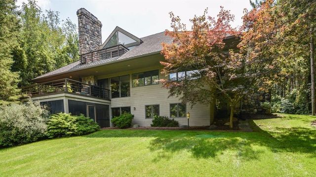 Contemporary home with stunning forest views on the market for $950,000