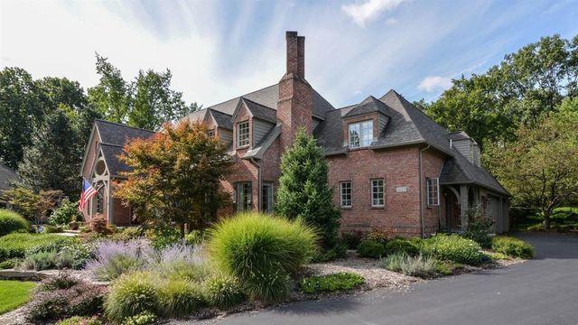 5-bedroom home with stunning backyard in northwest Ann Arbor asks $1.25 million