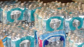 Ypsilanti barber starts water drive to benefit Flint residents