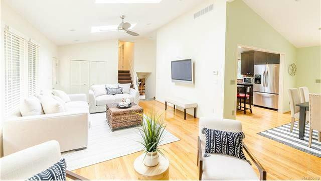 Light-filled 4-bedroom home in Ann Arbor Hills for sale