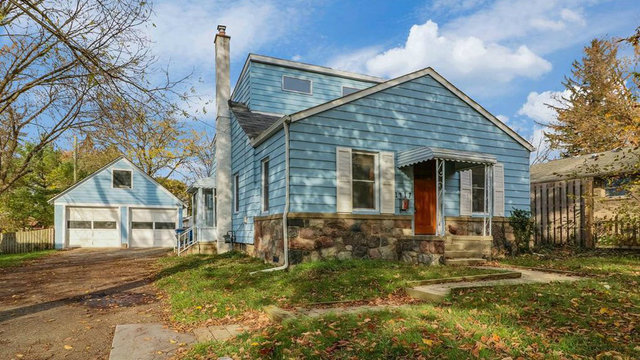 Charming home minutes away from downtown Ann Arbor for sale