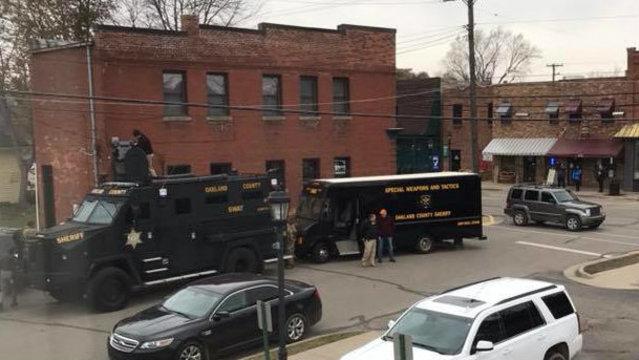 SWAT Ortonville shooting 1_1510762466138.jpg
