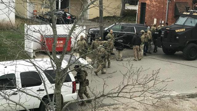 SWAT Ortonville shooting_1510762517412.jpg