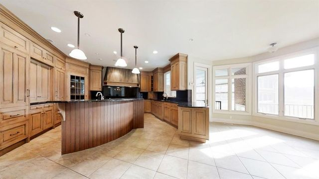 Gorgeous estate on Ann Arbor's west side for sale
