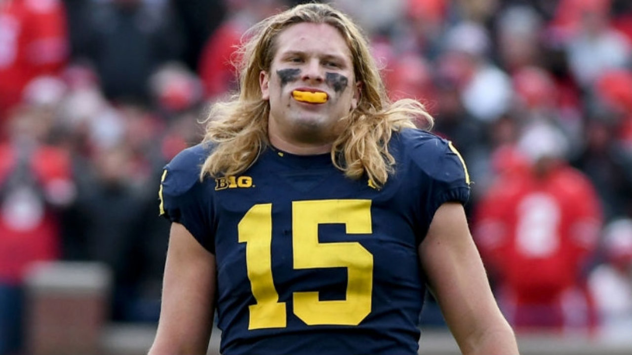 Chase Winovich Raises 15k For Chadtough Will Dye Hair