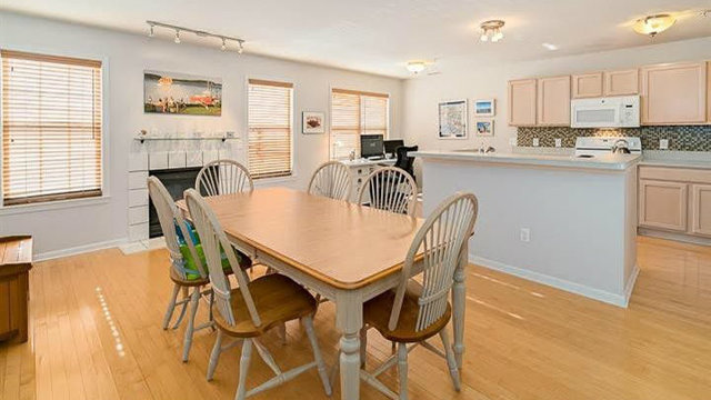Beautiful condo on Ann Arbor's north side for sale