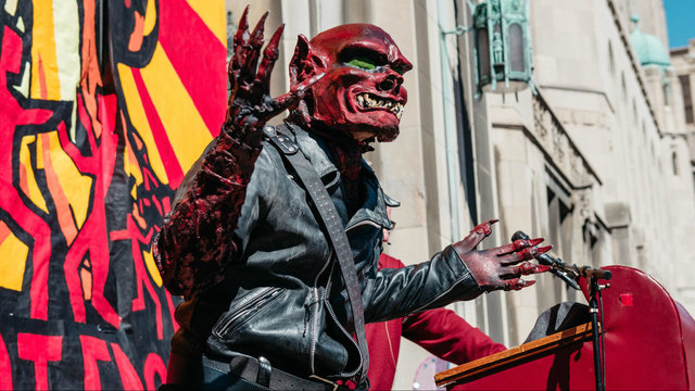 Marche du Nain Rouge parade returns to Detroit's Cass Corridor for 10th year