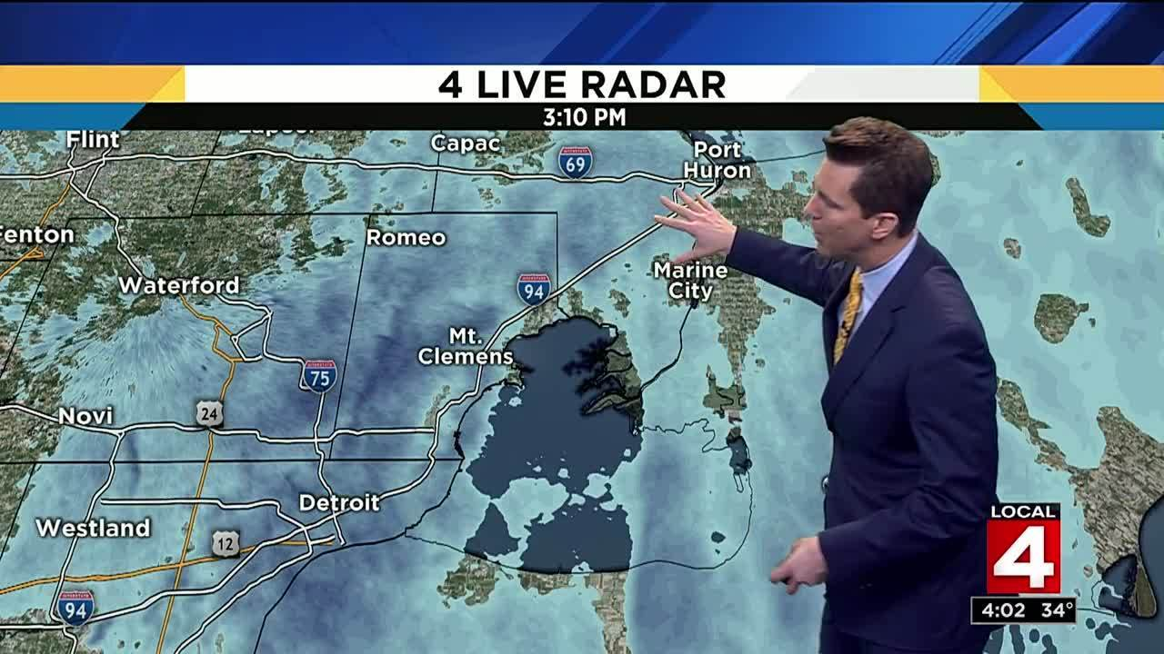 Metro Detroit weather: Another round of snow showers moves in Tuesday