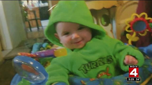 Video thumbnail for Disturbing new details emerge in Wayne child's death