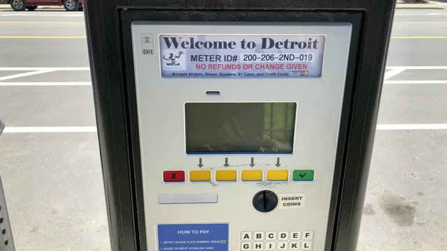 Detroit City Council approves 50% parking fine reduction for residents