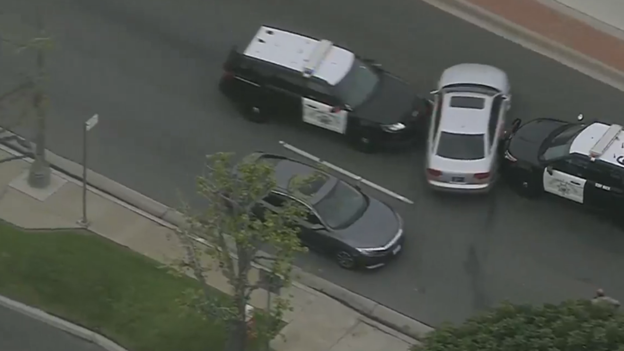 Police chase suspect in Audi from Orange County into Los Angeles County