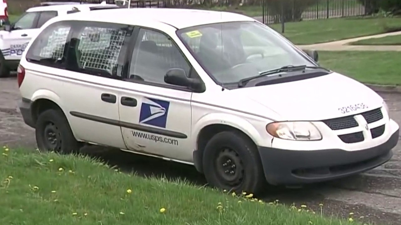 Detroit police shoot, kill dog that attacked mail carrier ...