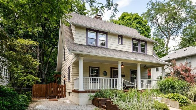 Look inside this classic 1920s home in Ann Arbor's Burns Park