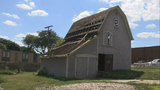 Historical groups in Farmington scramble to preserve 128-year-old barn