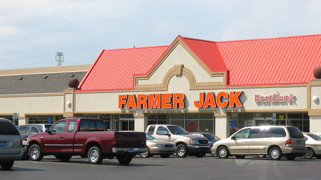 When Farmer Jack was the go-to grocery store in Metro Detroit