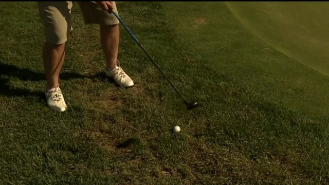On the Course with Krause: Chip shot with hybrid club
