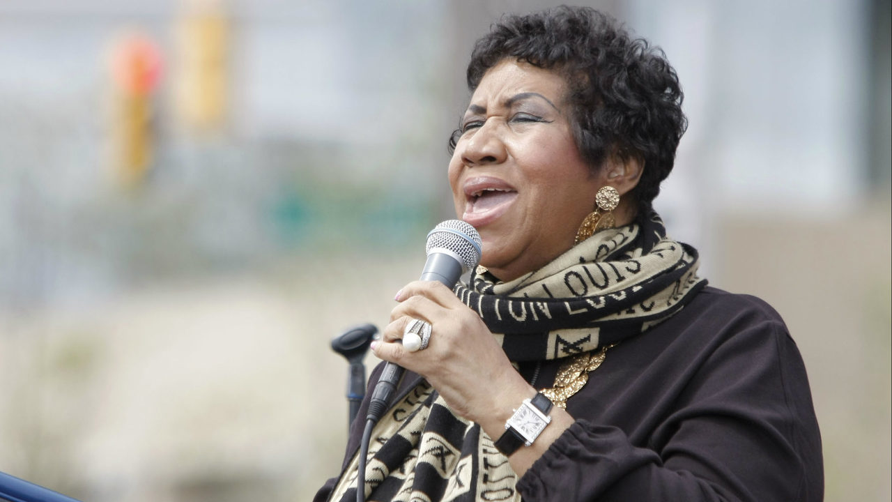 aretha franklin 39 the queen of soul 39 dies at age 76. Black Bedroom Furniture Sets. Home Design Ideas