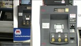 Woman busts gas station scammers in Redford