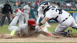 Gant keeps Tigers' bats quiet, Cards come alive in 5-2 win