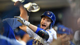 Braun hits 2 HRs, Brewers beat Tigers to keep pace with Cubs