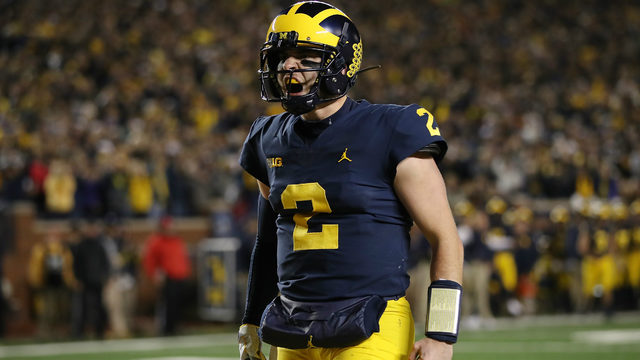 Michigan QB Shea Patterson reportedly injured on first play vs. Middle…