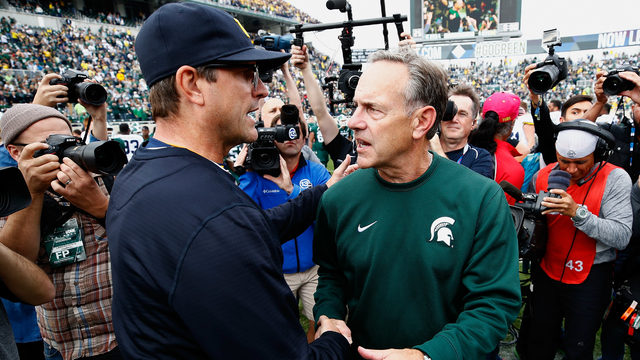Preseason college football AP poll: Michigan No. 7, Michigan State No. 18