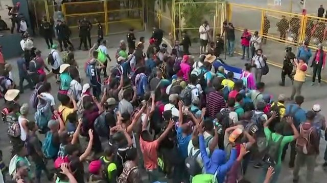 Third migrant caravan starts journey toward United States