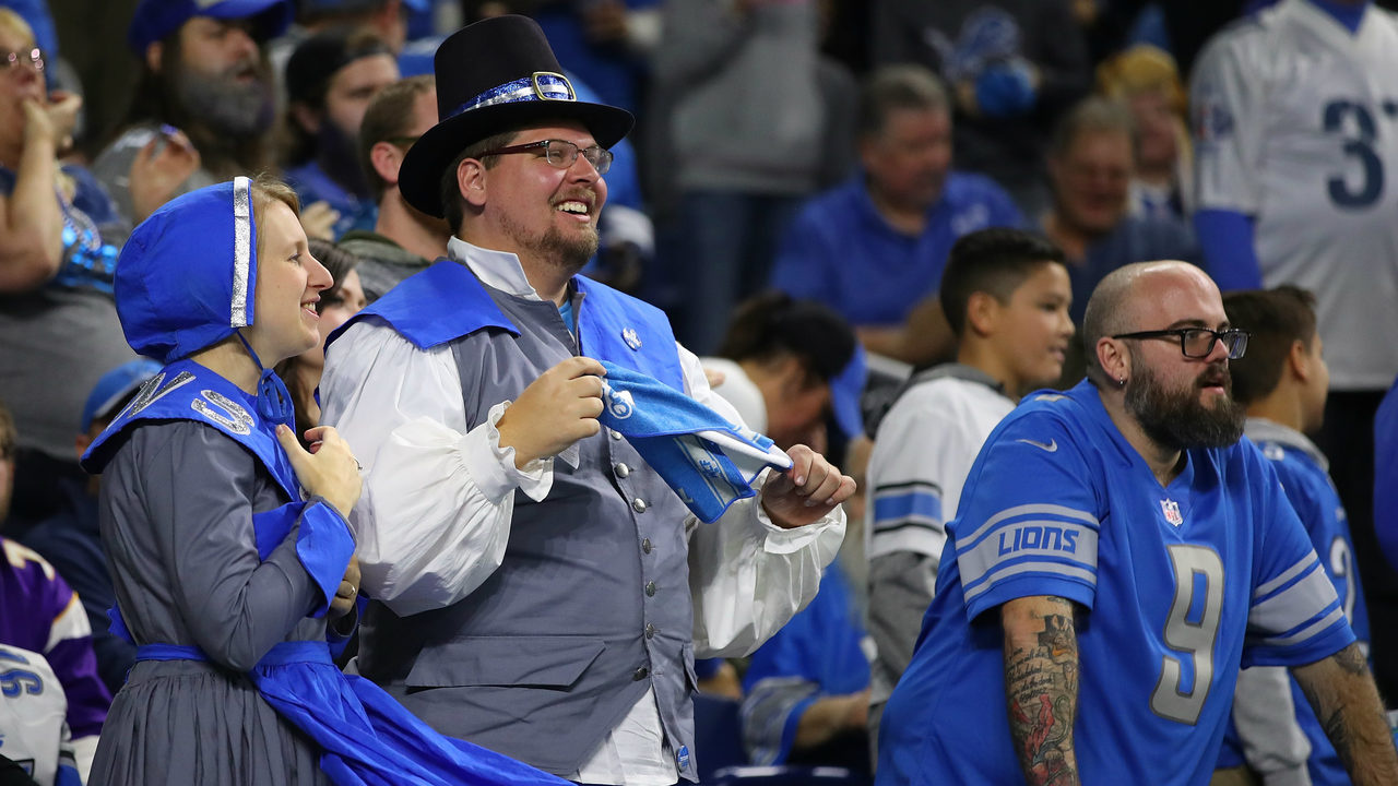 100 things cowboys fans should know do before they die 100 things fans should know