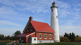 State looking for Michigan lighthouse keepers for next spring and summer